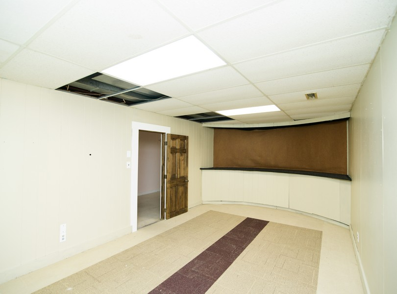 Commerical-Office-Space-For-Lease-Homes-For-Rent-Holts-Summit_Capital-Investment-Realty-Missouri (22)