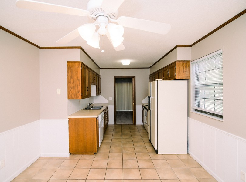 2201-Weathered-Rock-drive-Jefferson-City-Missouri-Homes-For-Rent-Property-Management-Capital-Investment-Realty (2)