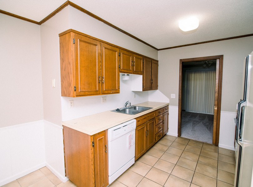 2201-Weathered-Rock-drive-Jefferson-City-Missouri-Homes-For-Rent-Property-Management-Capital-Investment-Realty (3)