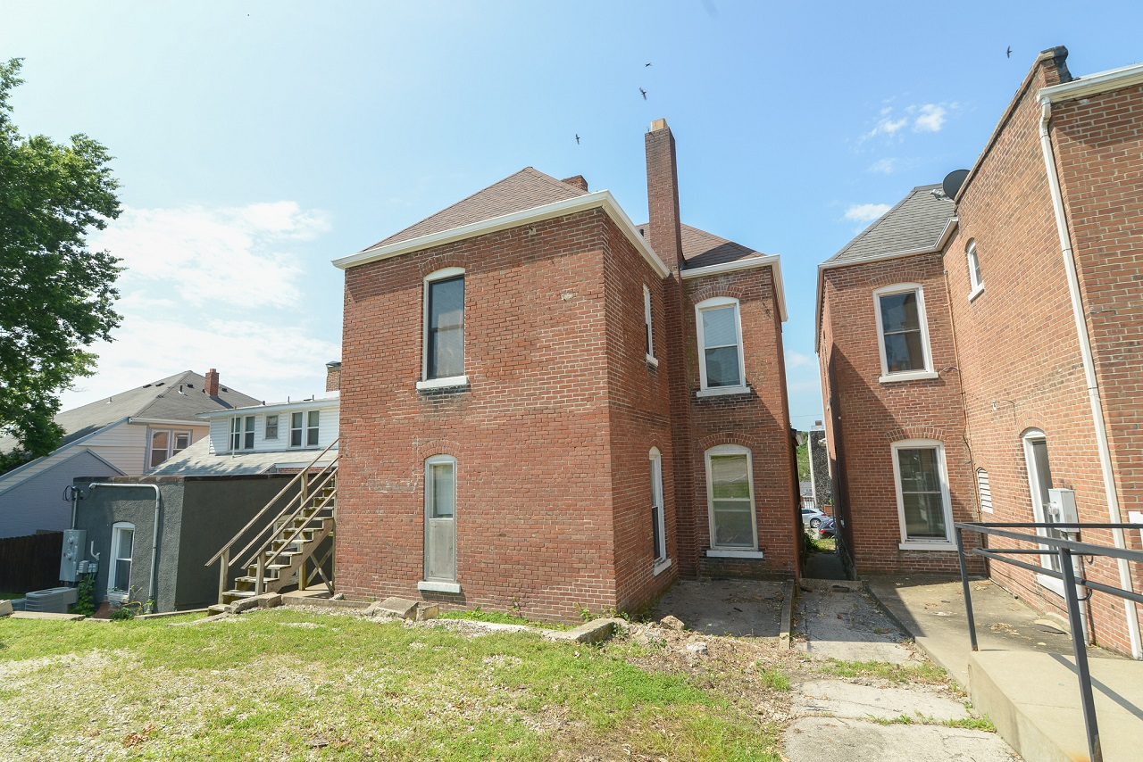 Commerical-Office-Space-for-Sale-Jefferson-City-Missouri-65109-Rentals-Property -Management-Capital-Investment-Realty (22)