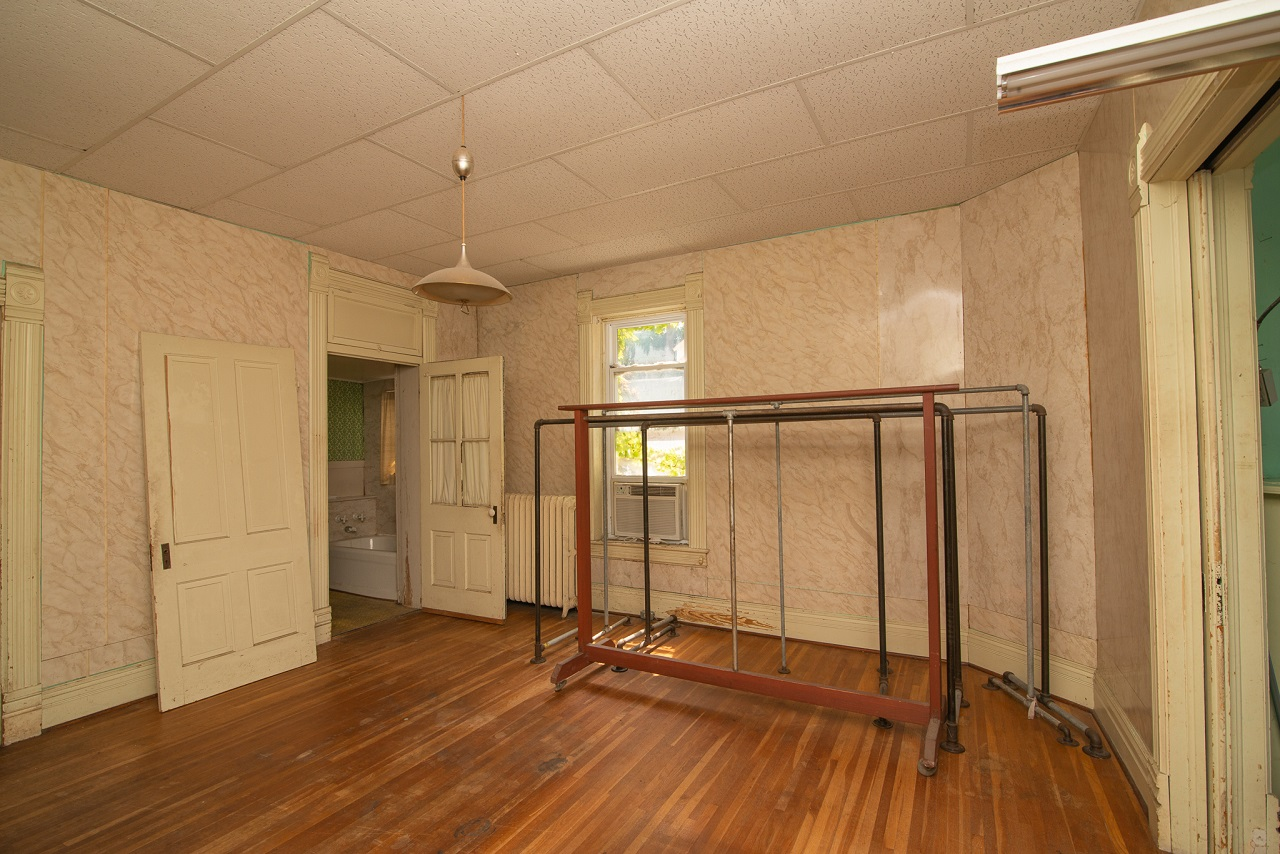 Commerical-Office-Space-for-Sale-Jefferson-City-Missouri-65109-Rentals-Property -Management-Capital-Investment-Realty (4)