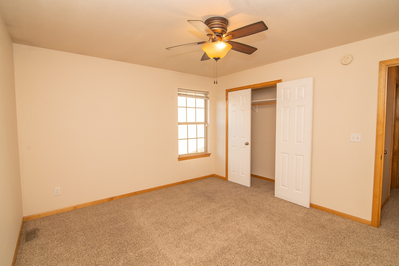 Home-For-Rent-Jefferson-City-Missouri-65109-Rentals-Property -Management-Capital-Investment-Realty (10)