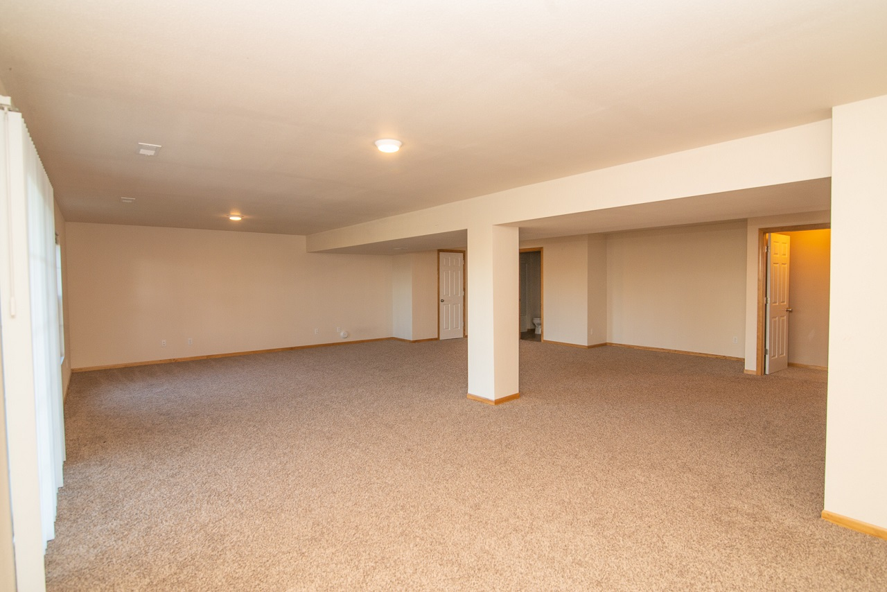 Home-For-Rent-Jefferson-City-Missouri-65109-Rentals-Property -Management-Capital-Investment-Realty (25)