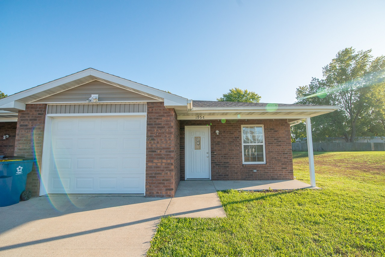 Home-For-Rent-Jefferson-City-Holts-Summit-Missouri-65109-Rentals-Property -Management-Capital-Investment-Realty (10)