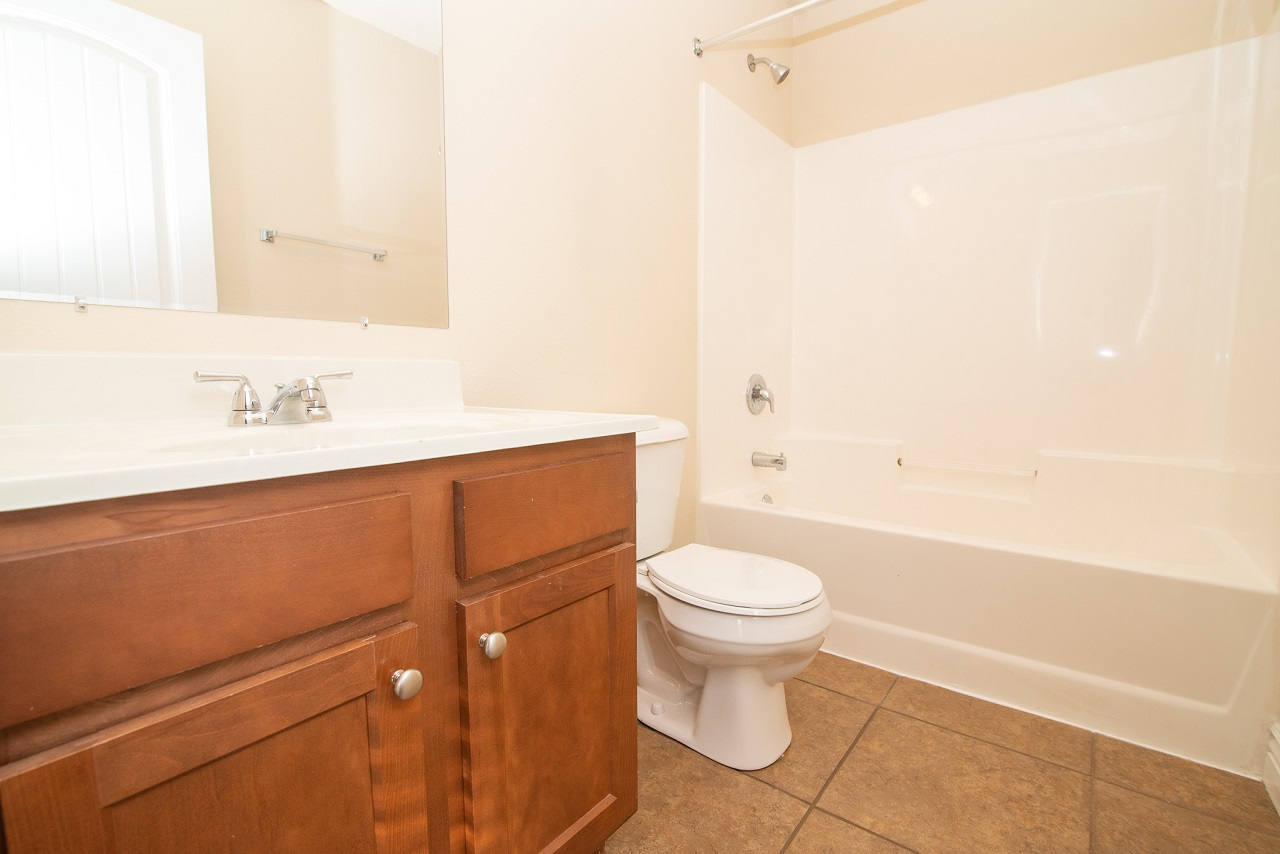Home-For-Rent-Jefferson-City-Holts-Summit-Missouri-65109-Rentals-Property -Management-Capital-Investment-Realty (4)