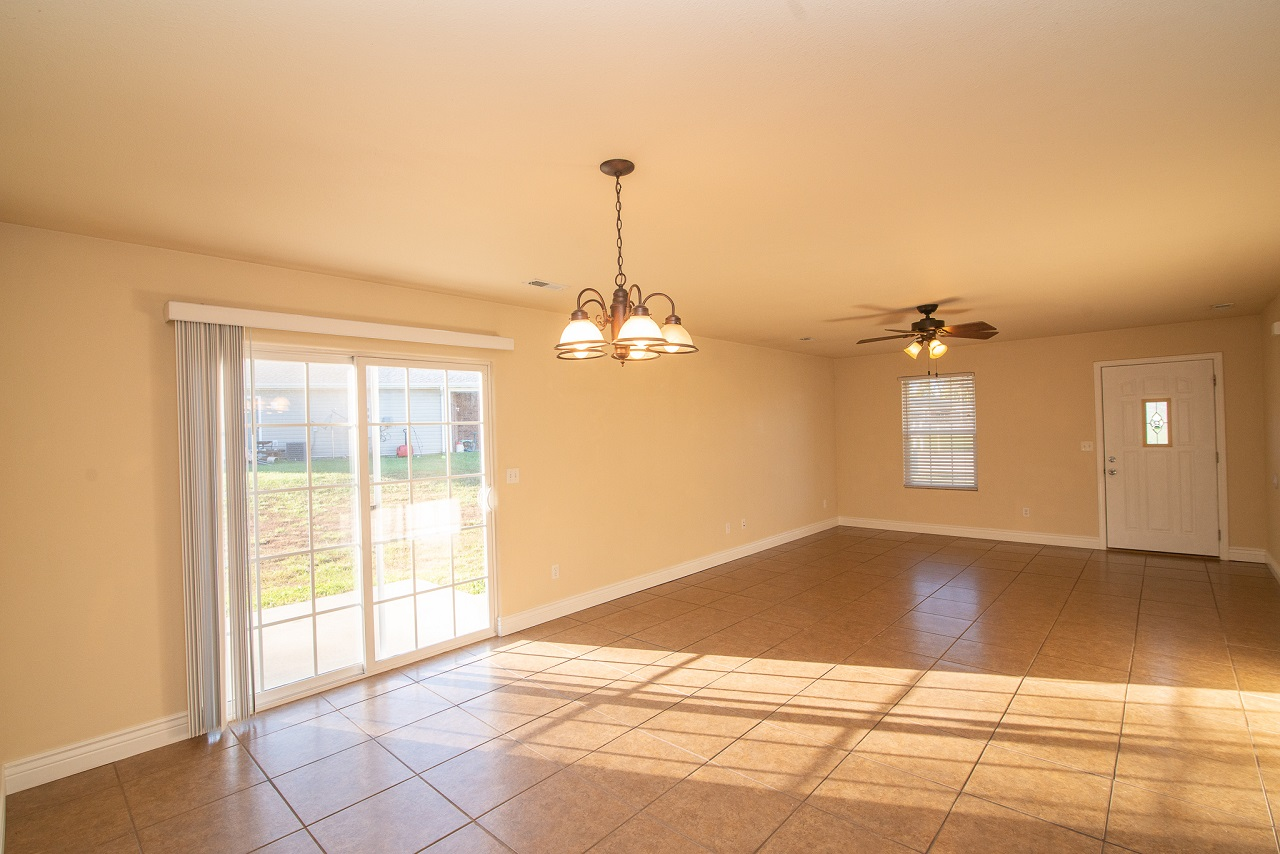 Home-For-Rent-Jefferson-City-Holts-Summit-Missouri-65109-Rentals-Property -Management-Capital-Investment-Realty (5)