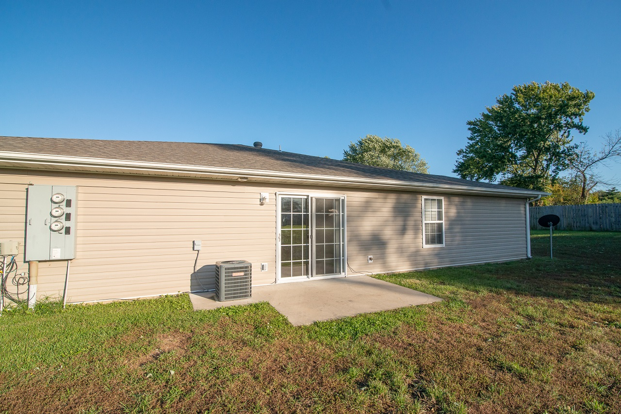Home-For-Rent-Jefferson-City-Holts-Summit-Missouri-65109-Rentals-Property -Management-Capital-Investment-Realty (9)